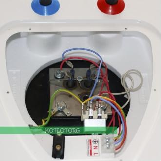 Электрический водонагреватель Vogel Flug Quadrate QVD80 4220/2h (80л)